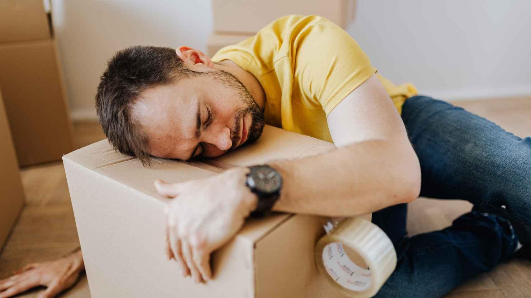 Una sensación constante de cansancio es una de los síntomas más comunes cuando nos falta esta vitamina.
